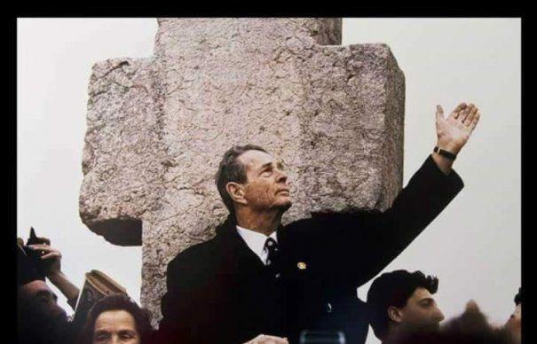 O Istorie simbolică a funeraliilor Regelui Mihai